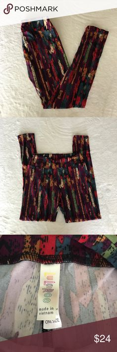 LuLaRoe Leggings, One Size, New Without Tags These leggings were only tried on and have never been worn but the tags were taken off. LuLaRoe Pants Leggings