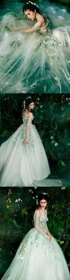 A-line Off-the-shoulder Court Train 3/4-Length Tulle Prom Dress/Evening Dress # VB026
