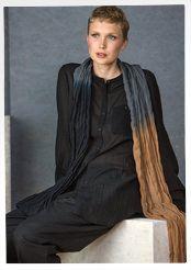 """Dip-Dye"" shawl in cotton"