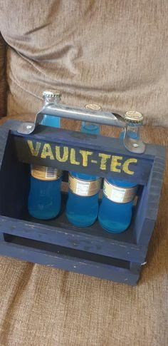 Nuka Cola Quantum, Fallout Nuka Cola, Fallout Props, Beer Caddy, Vault Tec, Vaulting, Videogames, Bar, Projects