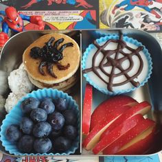 Fun #schoollunch for Greyson tomorrow❤ #vegan #veganfood #veganfoodshare #govegan #pancakes #plantbased #plantstrong #plantpowered #healthykids #kidsfood #momlife #eattherainbow #EatWhatElephantsEat #packyourlunch #spidey #spiderman #spidermanfood #playwithyourfood #funfood