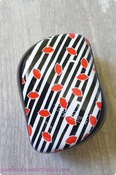 Tangle Teezer Compact Styler Lulu Guinness szczotka do włosów http://www.iperfumy.pl/tangle-teezer/compact-styler-lulu-guinness-szczotka-do-wlosow/