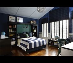 Sarah Richardson Design - Sarah 101 - Season 2 (Tween Boy's Bedroom)