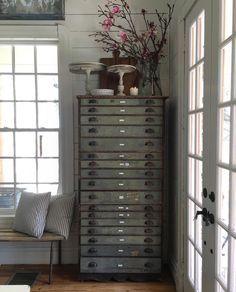 Marvelous Cleaning and Storage Tips for Diamond Earrings, Pendants and Jewelry Ideas. Irresistible Cleaning and Storage Tips for Diamond Earrings, Pendants and Jewelry Ideas. Country Farmhouse Decor, Farmhouse Style, Vintage Farmhouse, Interior Decorating, Interior Design, Cool Furniture, Furniture Plans, Home Remodeling, Decoration