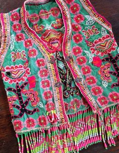 Vintage Hmong hilltribe Clothing Vintage embroidery Vest Beaded textile fashion.