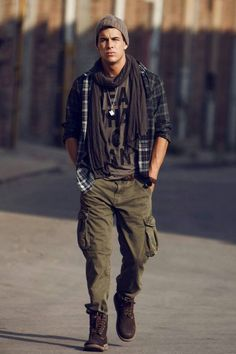 Super Fashion Casual Male Ideas Source by Outfits hipster Mode Masculine, Hipster Fashion, Trendy Fashion, Fashion Shirts, Male Fashion, Fashion Ideas, Fashion Dresses, Mens Fashion Winter Coats, Hipster Stil