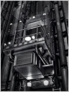 Lloyd's black and white architecture Black And White Love, Interior Exterior, Light And Shadow, White Photography, Landscapes, Rest, Stairs, Ivory, Studio