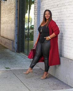 "5,016 Likes, 105 Comments - TrendyCurvy (@mskristine) on Instagram: ""NEW BLOG POST: ""Cranberry"". Serving you some pre-Thanksgiving realness in this burgundy duster.…"""