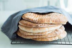 4 dl grahamjauhoja n Deli, Sweet Recipes, Bread, Breakfast, Food, Breakfast Cafe, Essen, Breads, Baking