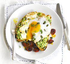 Avocado on toast with chorizo & fried eggs-  a weekend breakfast idea!!