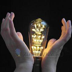 LED diódy generujú menej tepla, čo je dôvod prečo sú tak účinné na dlhodobé používanie. Taktiež predstavujú menšie riziko pre vznik požiaru v dôsledku prehriatia izolačného materiálu. LED žiarovky z kolekcie FIREWORKS spotrebujú o 80% menej elektrickej energie, čiže sú šetrné k finančným prostriedkom a k životnému prostrediu ako halogénové alebo klasické žiarovky