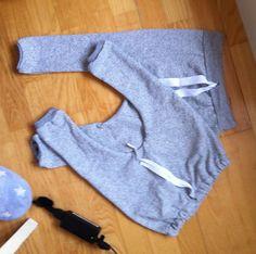 Sy selv haremsbukser til Baby. Her finder du mønstre til tøj du selv kan sy til din baby. Haremsbukse mønster til baby. Som er meget hotte lige nu. DIY BABY
