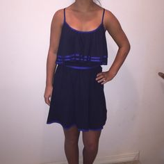 Navy blue dress Navy blue dress with blue edgings it would be about mid thigh Express Dresses