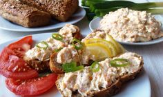 Domácí treska s proteinem...V rybách konzumujeme vysoký obsah bílkovin, minerálních látek, vitamínů, esenciálních mastných kyselin, které jsou důležité pro organismus. Jsou vhodné při dietách, pro nízký obsah tuků. Baked Potato, Potatoes, Meat, Chicken, Baking, Ethnic Recipes, Food, Potato, Bakken