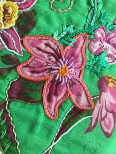 Hand Embroidery, Embroidery Designs, Sewing Stitches, Embellishments, Needlework, Patches, Projects To Try, Knitting, Flowers