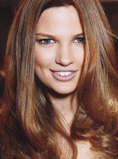 *bellaMUMMA {life is beauty-full}: how to get SHINY SHINY HAIR