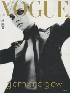 VOGUE ITALIA - DECEMBER 2002 COVER MODEL - NATALIA VODIANOVA