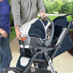 Chicco Activ3 Car Seat  Review: http://bestqualitystrollers.com/chicco-activ3-jogging-stroller-review/