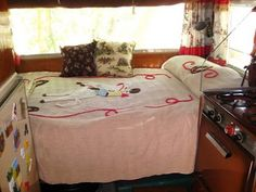 One of the SOTF trailers from The Beehive Cottage: Back from my Sisters on the Fly trip!