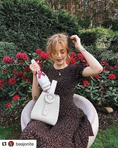 and Nóló dress is the best combination for a garden party 👗🍾☘️ ・・・ bag… Good Things, Garden, Party, Bags, Instagram, Dresses, Handbags, Vestidos, Garten