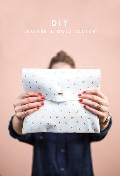 DIY metallic dotted clutch tutorial easy fashion craft idea dress up or down Clutch Tutorial, Diy Tutorial, Easy Sewing Projects, Sewing Projects For Beginners, Sewing Hacks, Diy Projects, Diy Clutch, Gold Clutch, Clutch Bag