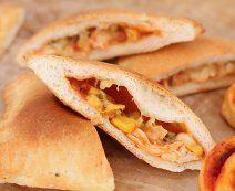 De lekkerste recepten met vers deeg - Tante Fanny Calzone, Quiches, Bagel, Pizza, Bread, Mini, Ethnic Recipes, Food, Recipe