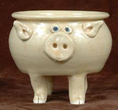 Pig Pottery.... yarn bowl /paper mache idea