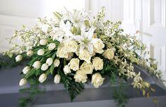 BulgariaFuneral Casket Spray - цветя в Bulgaria