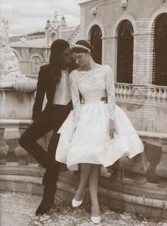 cute wedding dress #vintage #wedding www.brayola.com and just the dress for weddings in Italy!http://www.planetweddings.co.uk/italy.html