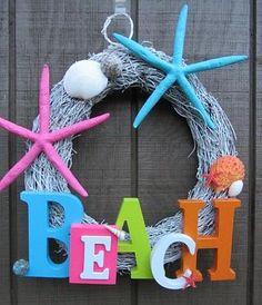 17 Hot DIY Summer Wreaths - collected by TwoPlusCute.com: happy summer wreath