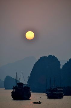 Halong Bay, Vietnam ... where I ate the freshest shrimp ever, and tasted the local kachim fish yum...