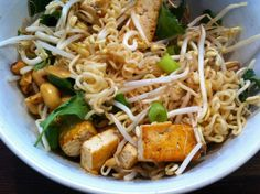 Quick & healthy noodle bowl with hearty broth - Sophie in Clogs