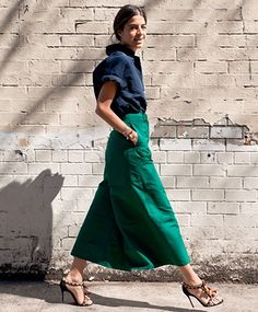 How to wear culottes: Leandra Medine outfit idea Looks Street Style, Looks Style, Look Fashion, Womens Fashion, Fashion Trends, Milan Fashion, Green Fashion, Fashion Spring, 80s Fashion