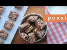 Μπουκίτσες με βρώμη, ξηρούς καρπούς και φρούτα | Σνακ | Paxxi (Ε306) - YouTube Bar, French Toast, Cereal, Oatmeal, Breakfast, Recipes, Food, Youtube, The Oatmeal