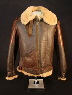 WWII Uniforms - Flight Gear 1943 Leather Flight Jacket, American Crew, Shearling Coat, Wwii, High Fashion, Bomber Jackets, Cool Outfits, Menswear, Ww2 Planes