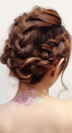 編み込みまとめ髪スタイル☆ 毛先あまり散らしたく無い方にオススメ♪雨や風が強い日にもオススメです♪