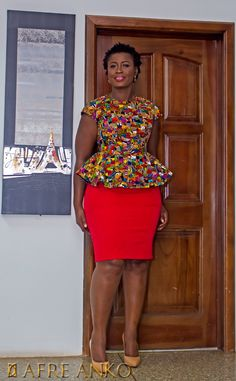 20 Ankara Top Fashion Styles - Visit Ankara Lovers For Short African Dresses, African Blouses, Latest African Fashion Dresses, African Print Dresses, African Print Fashion, Fashion Prints, Ankara Skirt And Blouse, Peplum Blouse, African Traditional Dresses