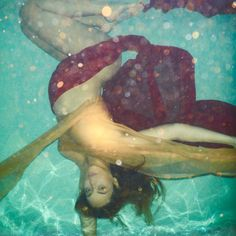 Underwater Photo shoot Beyonce Twin Pregnant!
