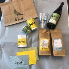 Heute hat uns Post aus dem @lepiaf_luzern erreicht. 🐤📬 . Herzliche Dank euch für all die Ansichtsexemplare eurer ersten Umsetzungen im neuen Design. Toll! 🤩💛 Poster, Coffee, Drinks, News, Food, Design, Cream, Lucerne, Give Thanks