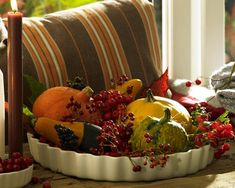 Autumn Themed Room | Bold fall decorations made from natural materials