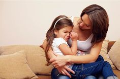 10 Useful Tips To Deal With A Highly Emotional Child Such emotional outbursts tend to last for anything from 30 seconds to a few minutes or even a few hours. Though emotional outbursts are a part of growing up, sometimes dealing with an emotional child can leave you feeling frustrated. Here we present you ten effective ways on how to deal with emotional kids...