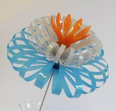 Flores de botella de plástico por SarahTurnerEcoDesign en Etsy