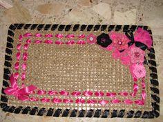Zerbino con fiori crochet e nastri in raso ( è a casa di Lalla!)