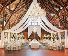Elegant wedding in a rustic location