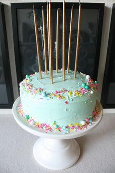 New birthday party food ideas for teens candy cakes Ideas 12th Birthday Cake, Birthday Cakes For Teens, Homemade Birthday Cakes, Cool Birthday Cakes, Birthday Cupcakes, Diy 1st Birthday Cake, Birthday Cake For Women Easy, Birthday Ideas, Birthday Bash