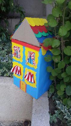 reciyle little house