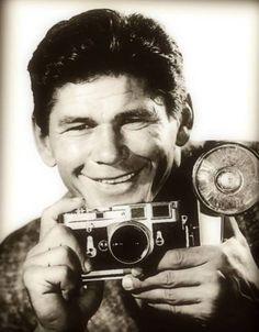 Charles Bronson & his Leica