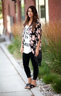 Best how to wear kimono leggings ideas Simple Outfits, Summer Outfits, Casual Outfits, Fashion Outfits, Spring Leggings Outfits, Kimono Outfit, Kimono Fashion, Kimono Style, Pants Outfit