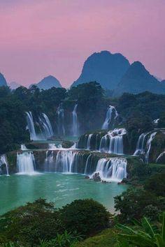 Detian Waterfalls, Vietnam