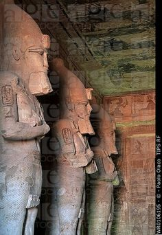 Egypt, Abou Simbel, hypostile hall, Great Temple of Ramsès ...                                                                                                                                                                                 Más